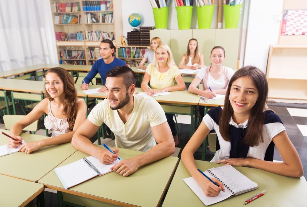 İngilizce Konuşturan Dil Okulu